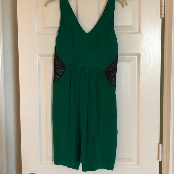 Greylin Dresses & Skirts | Emerald Green Cocktail Dress | Poshmark